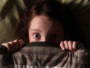 Acabe com o medo de dormir sozinho